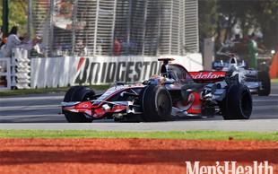 Reebok obdaril Lewisa Hamiltona