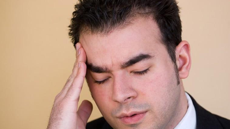 Glavobol, migrena, migrena z auro, vrtoglavica (foto: Shutterstock.com)