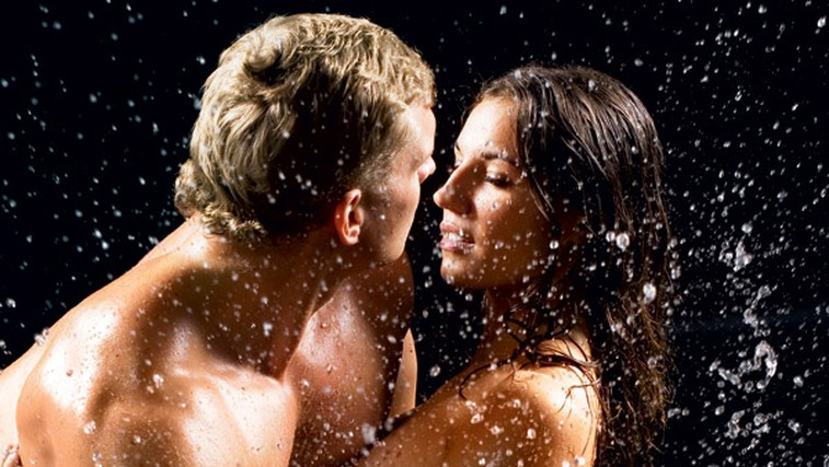 Razvnemite njene erogene cone (foto: Shutterstock.com)
