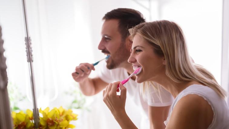 Boleče dlesni - zakaj se pojavijo težave (foto: Profimedia)