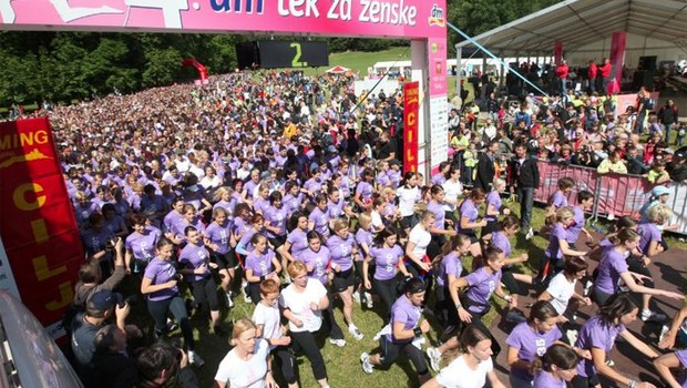 Skupen ogled proge v četrtek! (foto: www.tekzazenske.si)