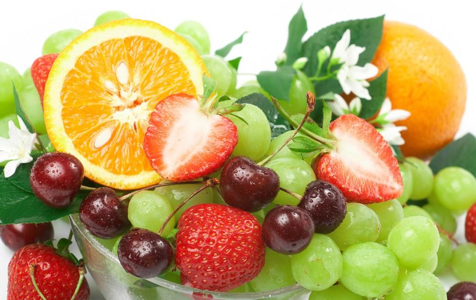 Hrana in letni čas (foto: Shutterstock.com)