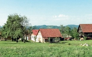Gradež nad Turjakom