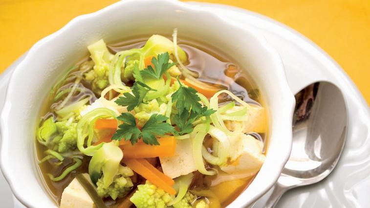 Makrobiotična poslastica: miso juha (foto: Luka Arnuš)