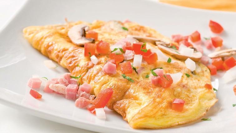 Omleta s šunko in papriko (foto: Shutterstock.com)