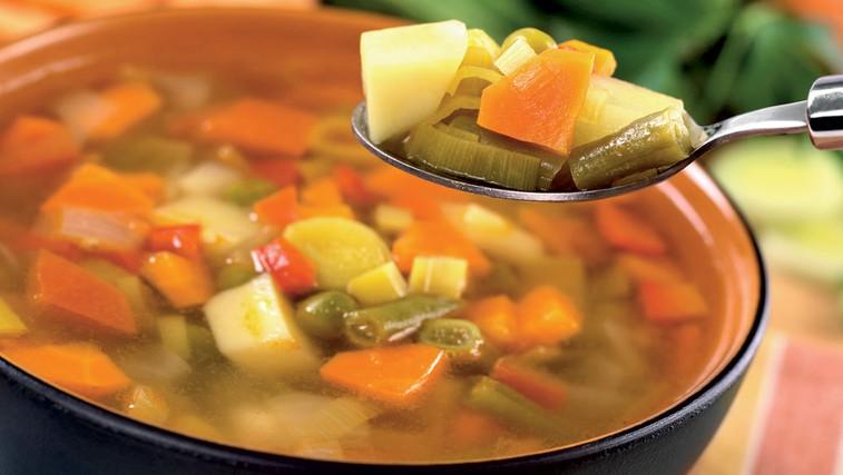 Hitra dieta z zelenjavno juho (foto: Shutterstock.com)