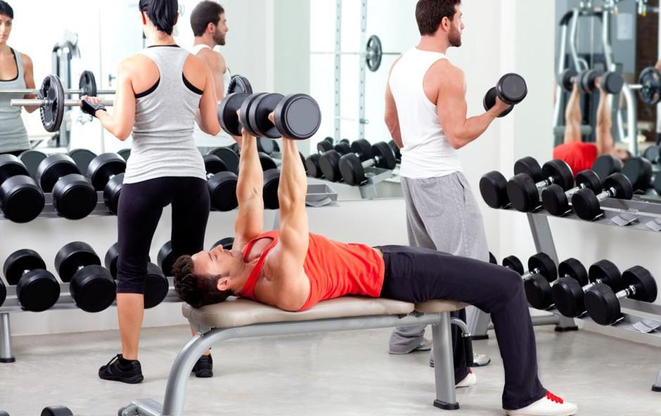 Fitnes vadba (foto: Shutterstock.com)