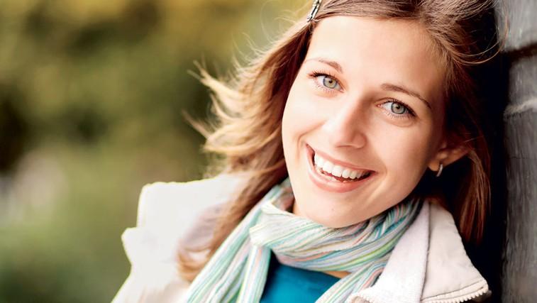 Parodontalna bolezen pri ženskah (foto: Shutterstock.com)