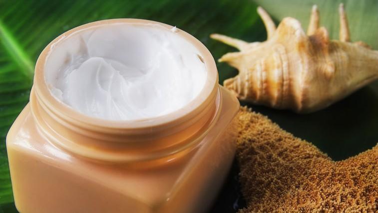 Kakavovo maslo - pomaga pri dermatitisu in ekcemu (foto: Shutterstock.com)