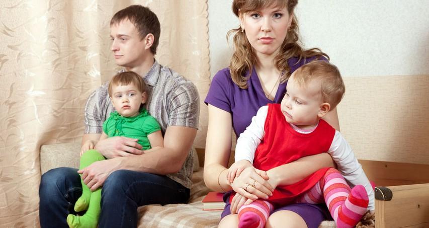 Tišnia med staršema