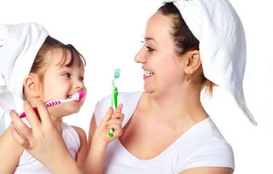 Iščemo naj nasvet za nego otroških zob
