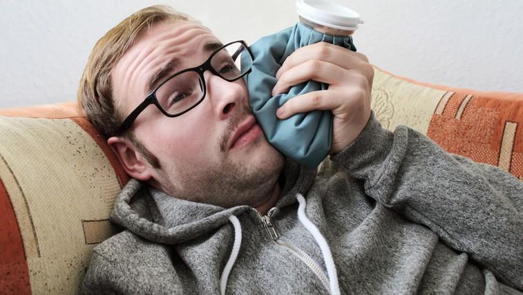 Zobobol omilite na naraven način (foto: Shutterstock.com)