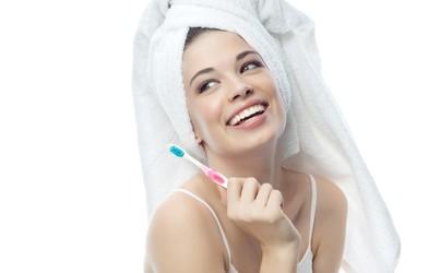 Aquafresh: video vodič za pravilno ščetkanje vaših zob!