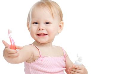 Nasvet za malčke: Mehka ščetka in nežna pasta