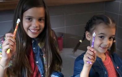 Video: Dve (zabavni) minuti za zdrave zobe