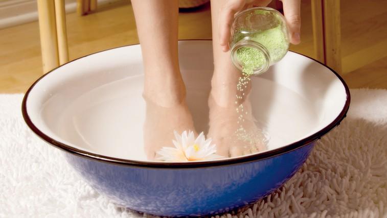 Mrzle noge so preteklost (foto: Shutterstock.com)