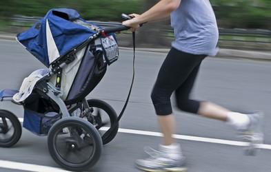 Kdaj po porodu je primerno spet začeti teči?