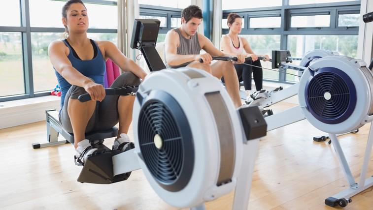 Veslanje - pokurite kalorije in okrepite hrbet (foto: Shutterstock.com)