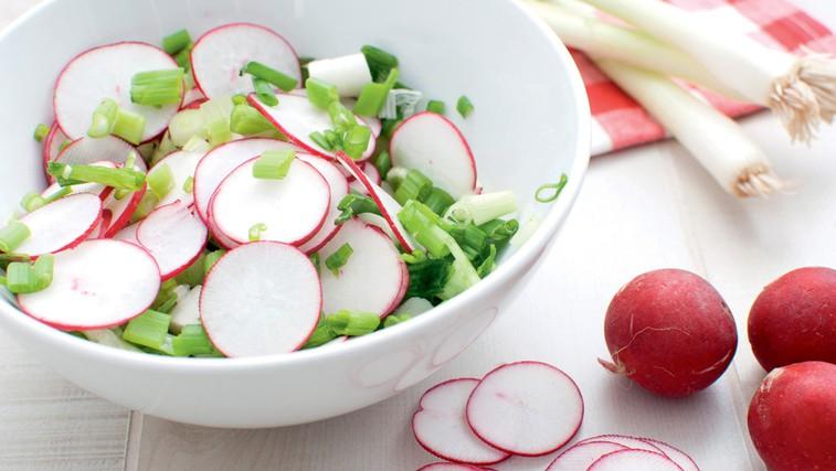 Redkvica - pomaga pri težavah z jetri in žolčem (foto: Shutterstock.com)