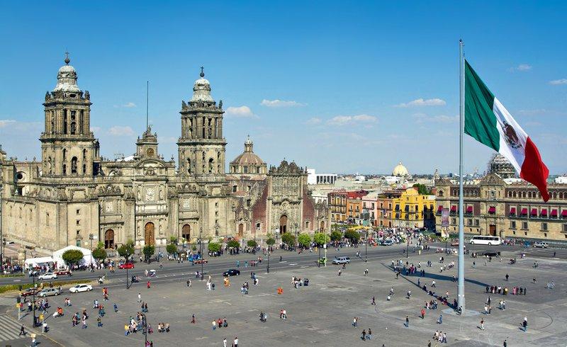 Ciudad de Mexico, Zocalo ali Plaza de la Constitucion