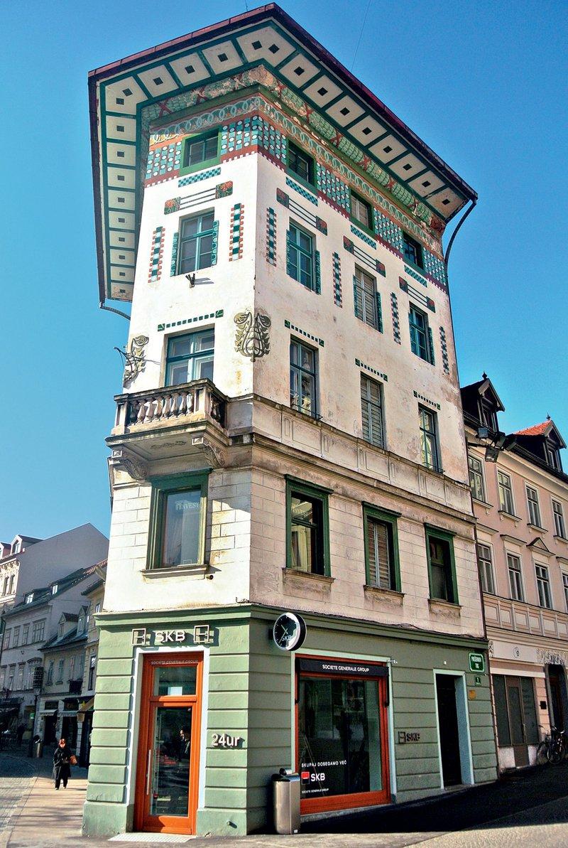 Hauptmanova hiša, Prešernov trg
