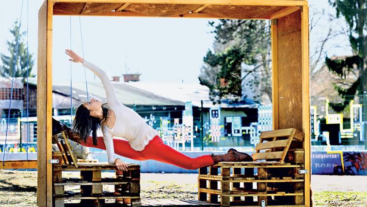 Kaj je bistvo urbane joge? (foto: Primož Predalič)