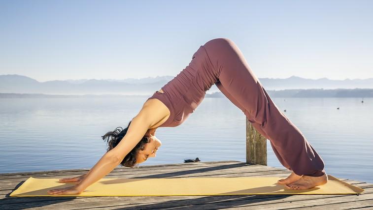 Joga pomiri in da novo energijo (foto: Shutterstock.com)
