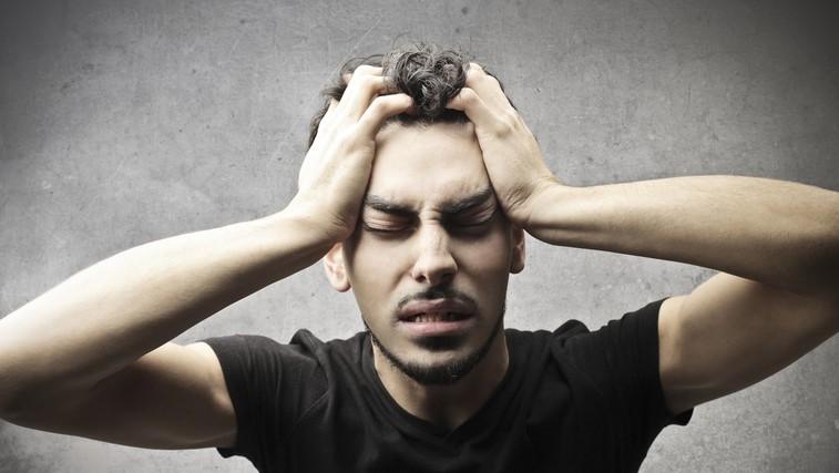 Najpogostejši vzrok kapi je krvni strdek, ki zapre žilo na predelu glave ali vratu.  (foto: Shutterstock.com)