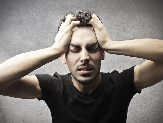 Najpogostejši vzrok kapi je krvni strdek, ki zapre žilo na predelu glave ali vratu.  - Foto: Shutterstock.com