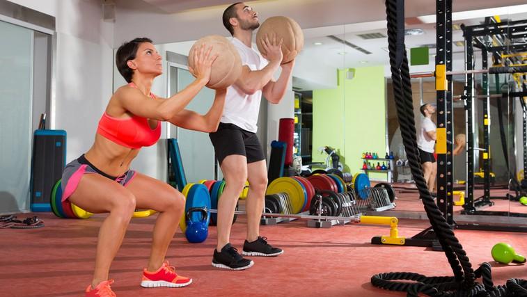 Trening z medicinsko žogo (foto: Shutterstock.com)