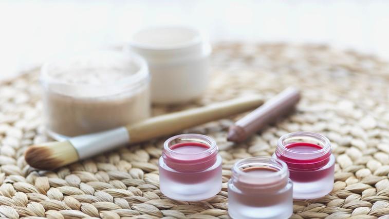 Kozmetika, zdravila in živila, ki sodijo v hladilnik (foto: profimedia)