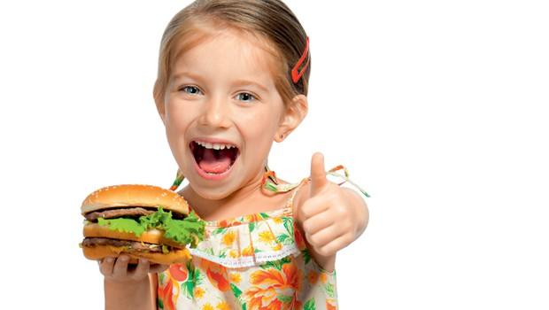 Mora moj otrok hujšati, če je predebel? (foto: Shutterstock.com)