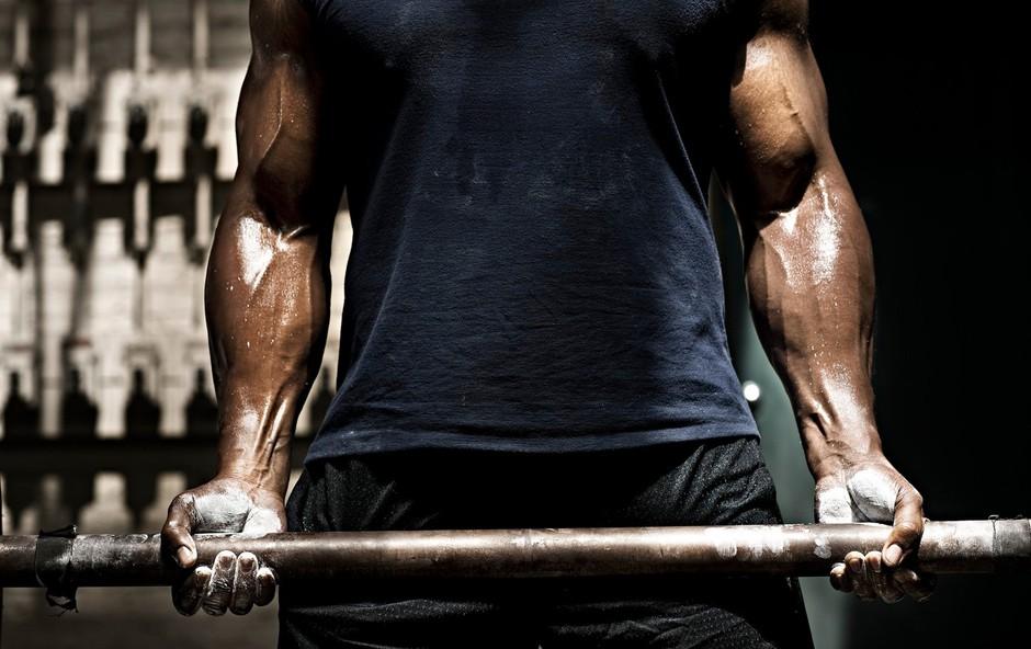 Mišična rast - pomembni sta hitrost in pravilna izvedba (foto: Profimedia)
