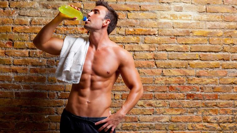 Ali so energijski napitki nevarni?  (foto: Shutterstock.com)
