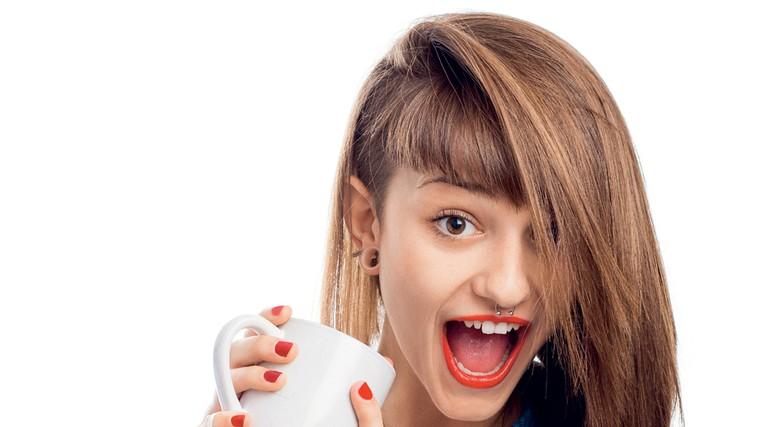 Kofein ni za najstnike! (foto: Shutterstock)