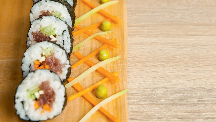 Recept: Pekoča tunina (foto: Arhiv revije Lea)