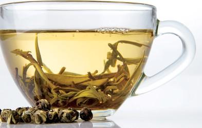 Beli čaj - za krepitev imunskega sistema