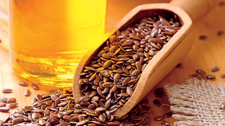 Zdravilno laneno olje (foto: Shutterstock.com)