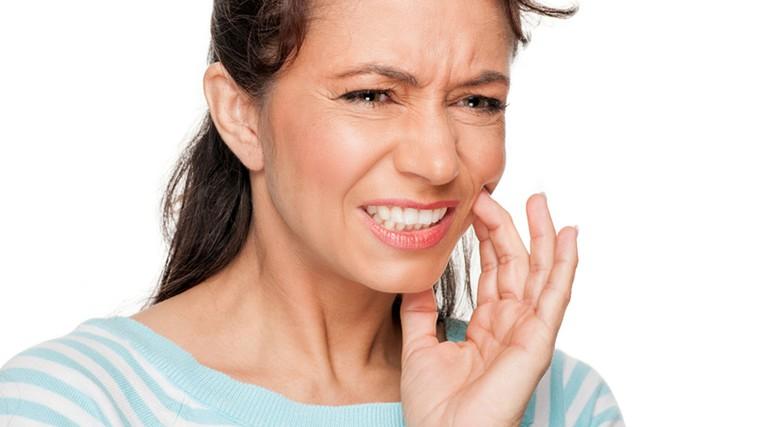 Vzrok za zobobol ni nujno obolel zob (foto: Shutterstock.com)