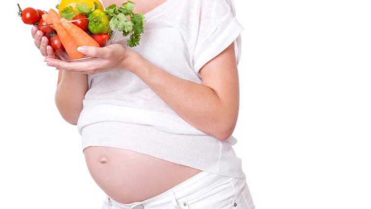 Prehrana in nosečnost: Kaj je res in kaj ne? (foto: Shutterstock.com)