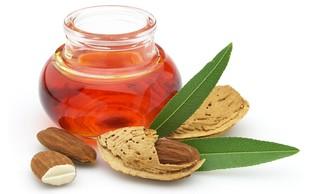 Naravna olja za nežno kožo in zdrave lase