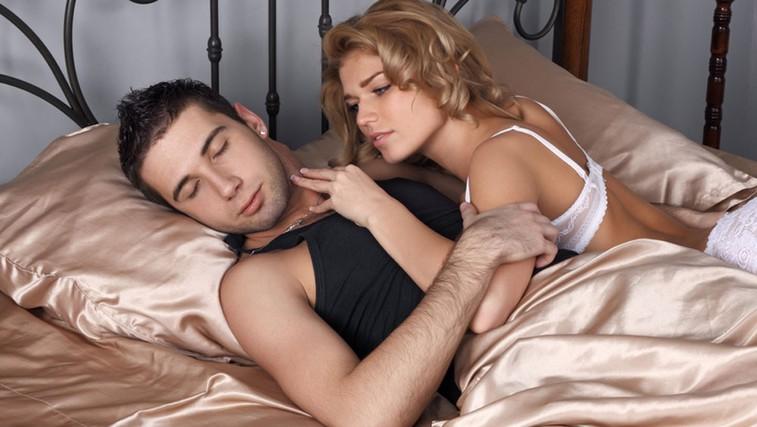 Ko moški hlinijo glavobol (foto: Shutterstock.com)