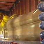 Ležeči Buda v templju Wat Po je dolg kar 46 metrov in je res nekaj posebnega (foto: profimedia)