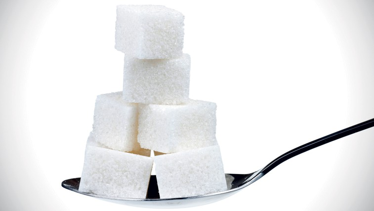 Pet žličk sladkorja dnevno (foto: Shutterstock)
