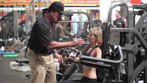 Terminator skrbi za pravilno izvedbo fitnes vaj