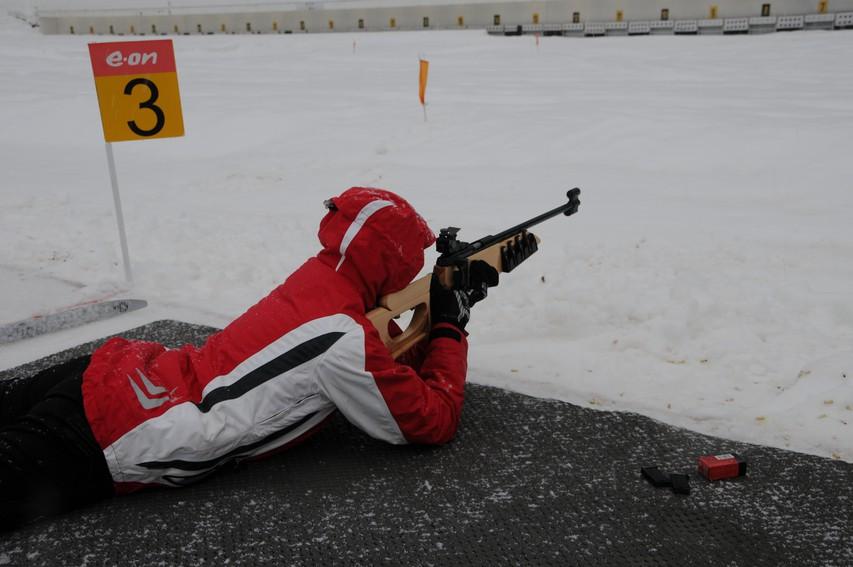 Preizkus biatlonskega streljanja.
