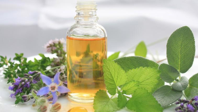 Hitra naravna urgenca ob prvih znakih prehlada (foto: Shutterstock.com)