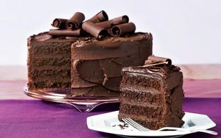 Recept za čokoladno torto s kremo iz temne čokolade