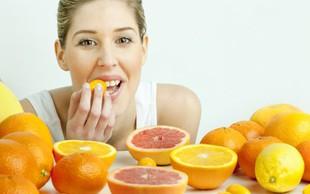 Učinki vitamina C na zdravje las in kože