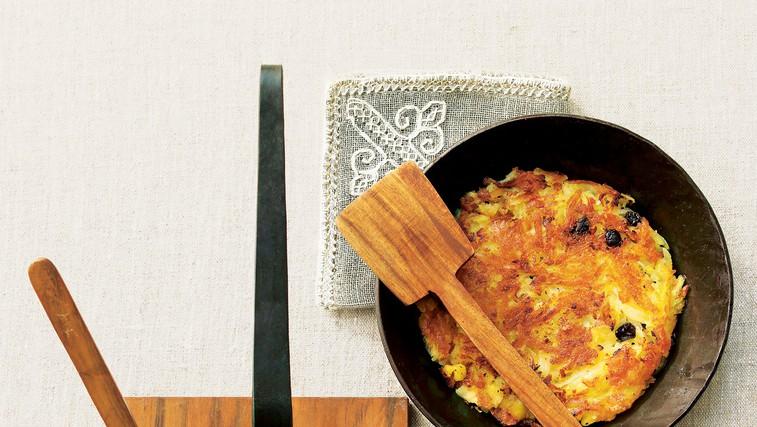 Mesni trakovi s krompirjevim polpetom (foto: stockfood photo)